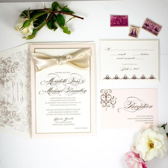 Classic Wedding Invitation with Custom Envelope Liner honey-paper.com #santaynezwedding