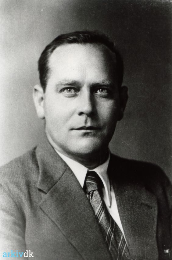 arkiv.dk | Petersen, Christian, Provst, Vig - 1940'erne