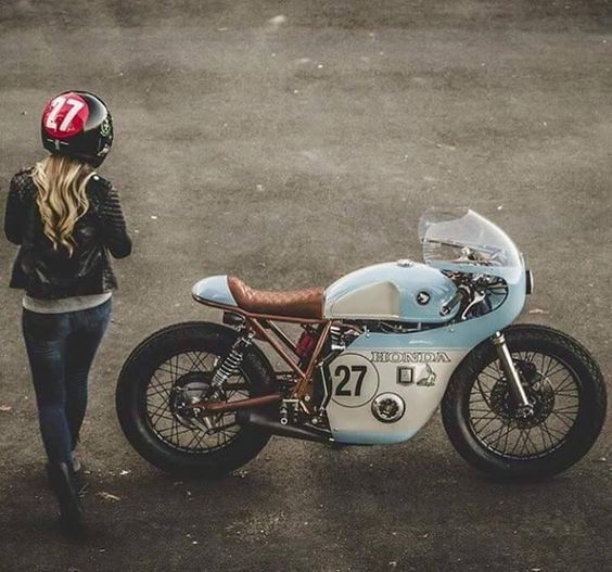 Honda vintage racer custom: