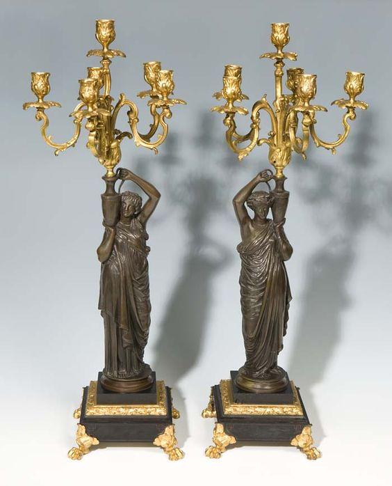 Paar große Louis XVI-Kerzenleuchter.