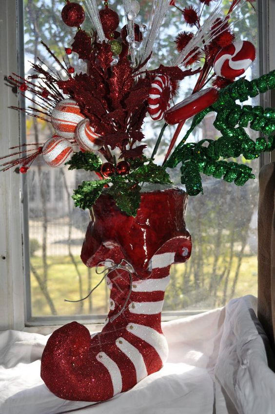 Candy Cane Themed Centerpiece Christmas Decorating Ideas Pinterest Christmas