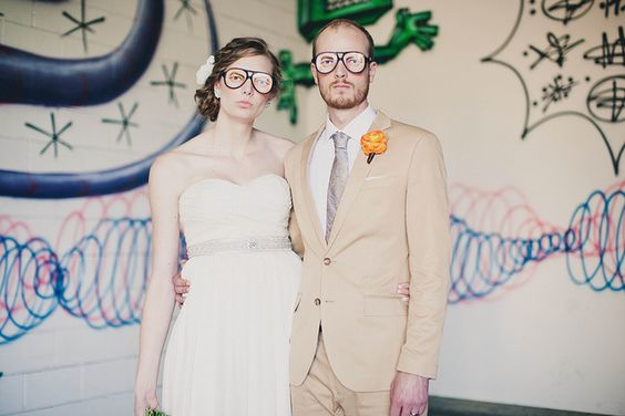 San Diego Wedding Photo by Anika London     http://soloha.vn/sofa-da.html