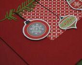Carte avec branche de sapin et boules de Noël : Cartes par picnicdouille