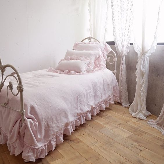 All in petal❤️❤️ #bellanottelinens #bedding#bed#interior#インポート#ベッド#ベッドルーム#インポートリネン#ベラノッテリネン#麻の寝具#ミムンド#代々木上原#リネンウィスパー布団カバー