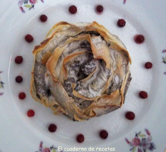 Una Rosa de Masa Brick y rellena de chocolate ¿te lo imaginas? http://elcuadernoderecetas.blogspot.com.es/2013/12/rosa-de-brick-rellena.html