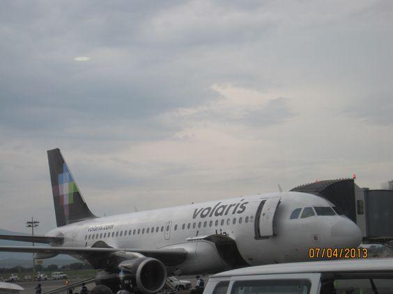 Volaris Aeropuerto de Guadalajara June/July 2013