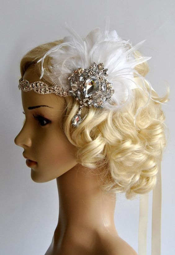 Ready to ship Stunning Clear Rhinestone Crystal Silver 1920s headpiece - flapper headband. Beautiful sparkling bridal , The Great Gatsby party or