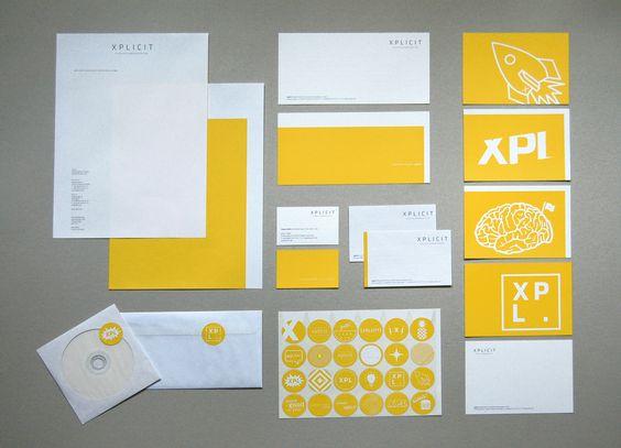 Geschäftsausstattung xplicit: Briefbogen, Compliment Cards, Visitenkarten, Aufkleber, Postkarten, Adressaufkleber