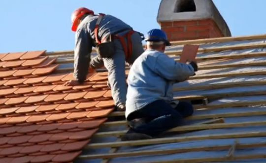 Wide Awake Roofing Provide Fantastic And Great Roofing Contractors Services In Los Angeles They Have Highly Experi Roofing Contractors Roof Repair Roofing Diy