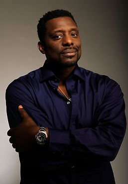 CHICAGO FIRE is wonderful Eamonn Walker as Chief Wallace Boden is so...nice to look at. And he's totally heroic.