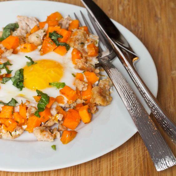 Chicken Sausage Sweet Potato Egg Hash - a delicious #breakfast #glutenfree #dairyfree, high protein and healthy!
