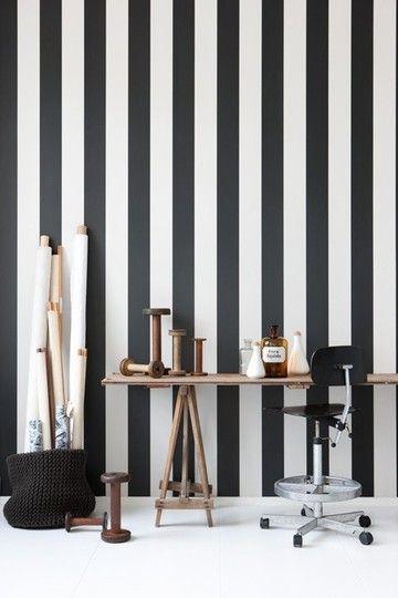 Black & White Striped Wallpaper