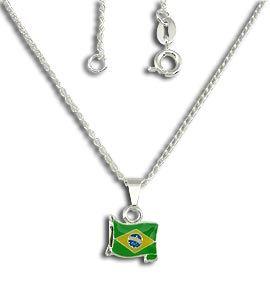Gargantilha folheada a prata com pingente da bandeira do Brasil    www.imagemfolheados.com.br/?a=17212