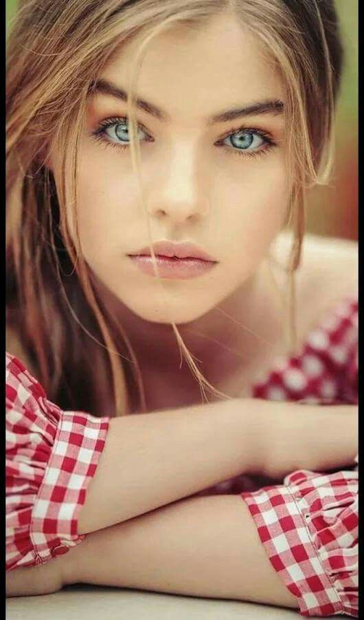 Девушка модель глаз работа работа девушка модель в бресте