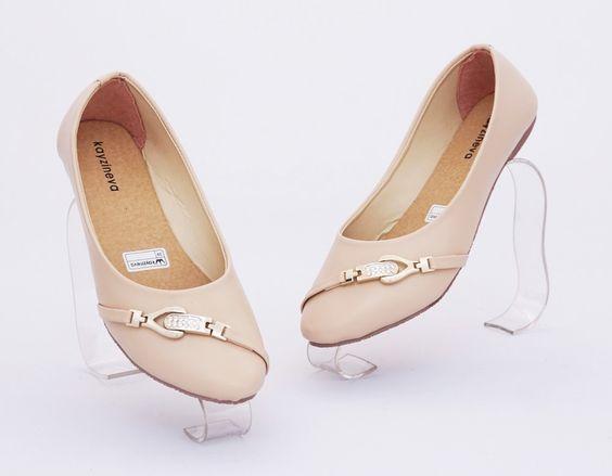 Sepatu flat diamond cantik. Model flat. Bahan : kulit sintetis