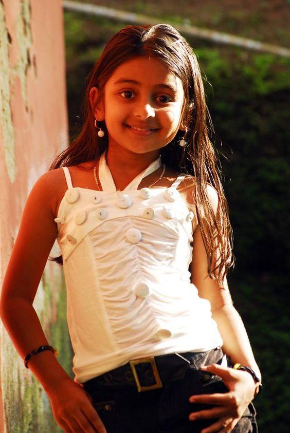 Esther Anil Cute Photos
