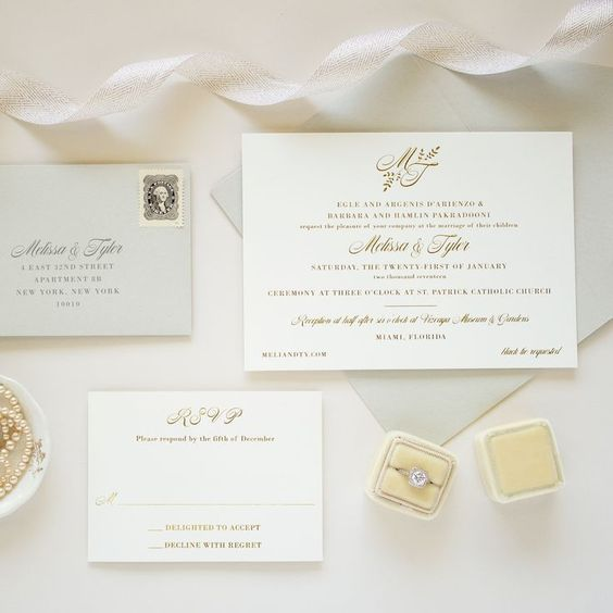 Gold Foil Monogram Invitation | Darling - Banter and Charm letterpress wedding invitations with gold foil stamping #letterpress #wedinginvitations #monogrameverything