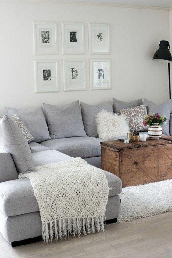 decoración de salones muy cómodo, sofá gris