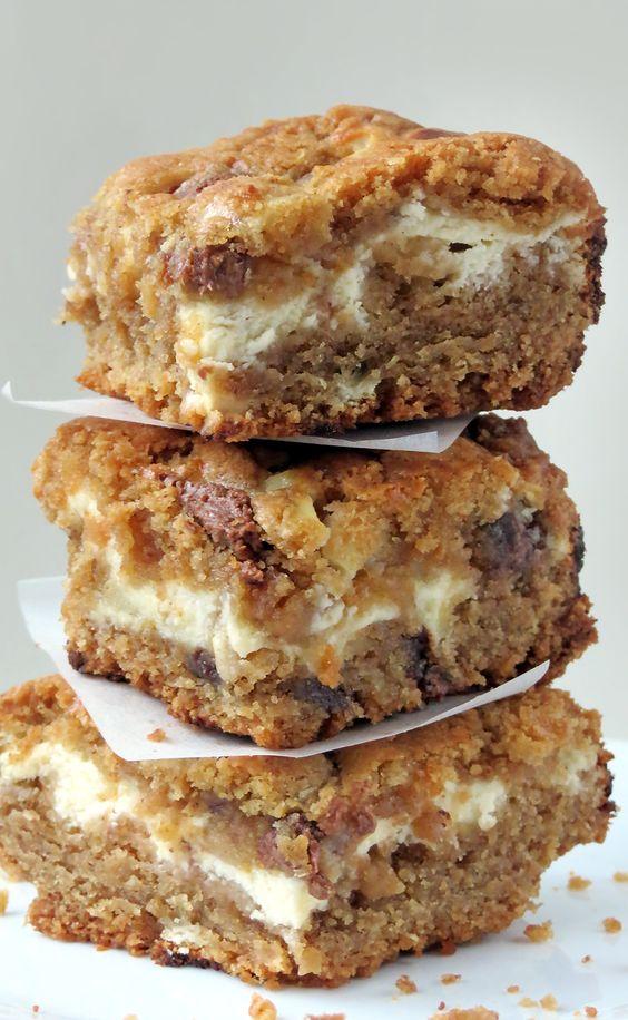 Peanut Butter Chocolate Chip Cream Cheese Bars | YummyAddiction.com