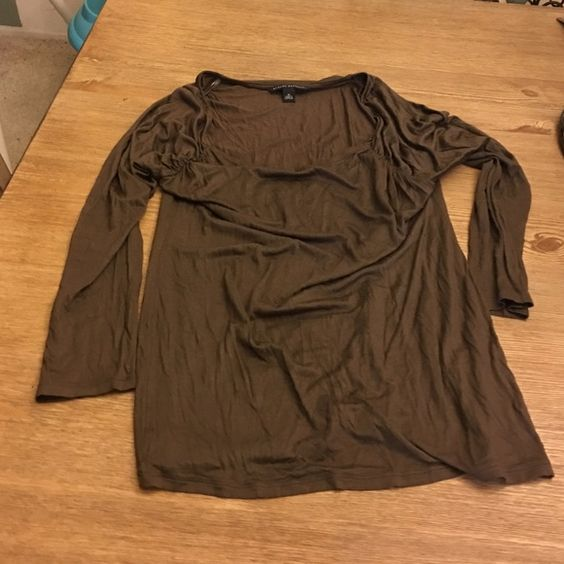 Brand new condition banana republic blouse. Brand new rarely worn banana republic blouse. Size Medium. Really cute with jeans or leggings! Dark green/brownish color. Banana Republic Tops Blouses
