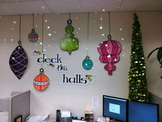 45 Christmas Decorating Ideas Office By Gwendolyn Siciliano Office Christmas Decorations Christmas Cubicle Decorations Christmas Wall Decor