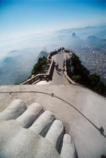 Redeemer Statue in Rio de Janeiro - Keine Nagelpflege nötig, dafür schöne Aussichten.