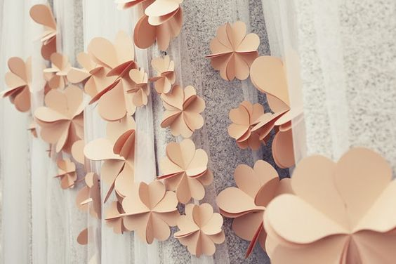 ☛ Celebrate - Tutorials / Paper flowers