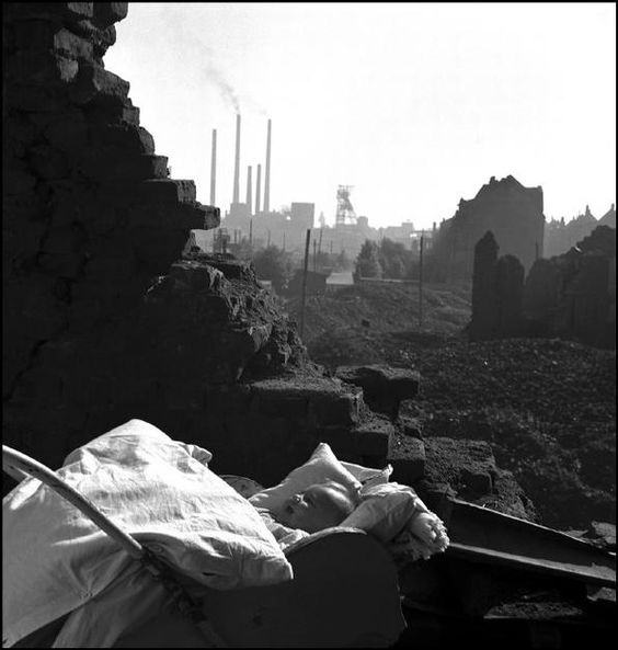 David Chim Seymour Germany, Essen,Magnum Photos Photographer Portfolio