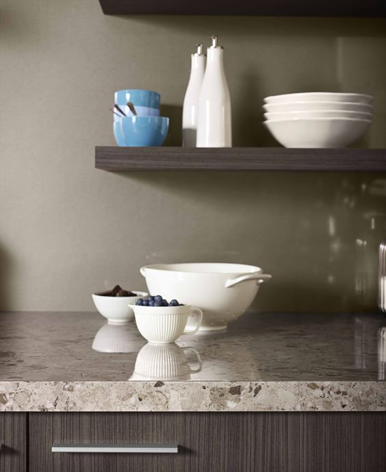 Splashback Metaline Autumn Perle. Styling Suki Ibbetson. Photography Earl Carter.