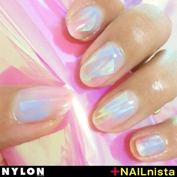 [NAILnista contest] ファンシーなオーロラネイルで、指先をオシャレにアップデート!