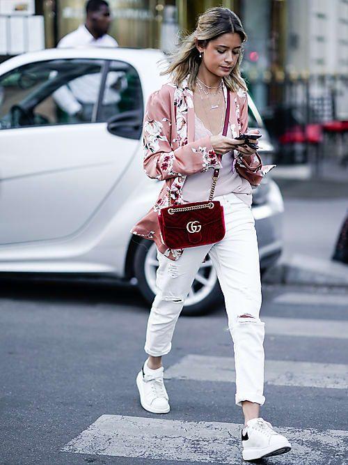 outfit con pantalone bianco