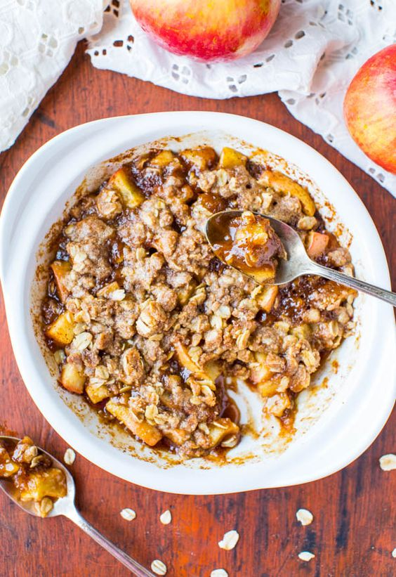5-Minute Microwave Apple Cinnamon Crumble For One (vegan, gluten-free)
