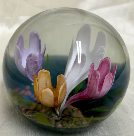 BEAUTIFUL CAITHNESS GLASS PAPERWEIGHT SYMPHONY ANDREW LAWSON LIMITED EDITION