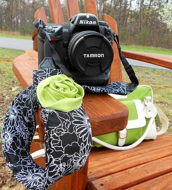 Cute & easy DIY camera strap