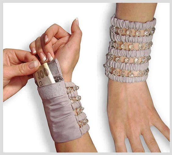 Practica pulsera billetera o/y celular