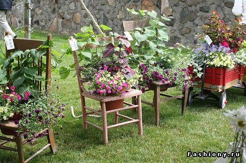 cadeiras com vasos
