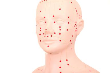 Acupressure Points on Face/Head - Dr. Heinz Linke / Getty Images