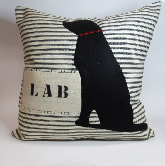 Black Lab Throw Pillow : Black labs, Pillow covers and Dog pillows on Pinterest