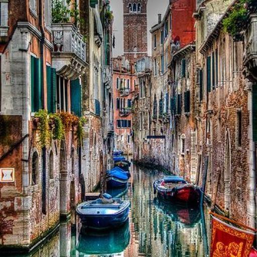 Vale a pena conhecer a Itália, pois ela oferece várias viagens numa só. Dono de algumas das cidades mais bonitas do mundo, como Veneza, Florença e Roma, o país é um paraíso gastronômico e, claro, histórico. Se você optar por começar sua viagem por Roma, pode seguir para o sul e conhecer as belezas de Nápoles e as ruínas de Pompeia. A Toscana, ao norte de Roma, tem Florença, Pisa e incontáveis vilas interessantes. Bolonha, já na Emilia-Romagna, é (talvez) onde você encontra a melhor comida…
