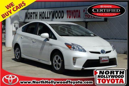 Hatchback 2014 Toyota Prius Three With 4 Door In North Hollywood