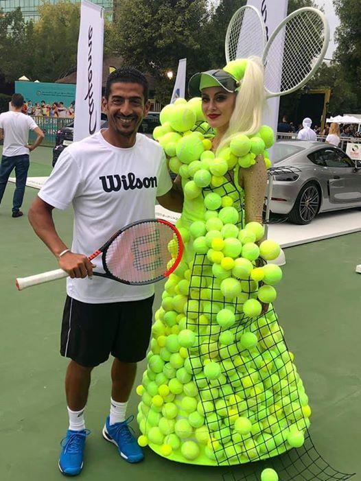 Funny Tennis Pic Tennis Player Tennis Court Photo Shoot Tennis Outfit Tennis Racket In 2020 Tennis Tennis Racket Sports
