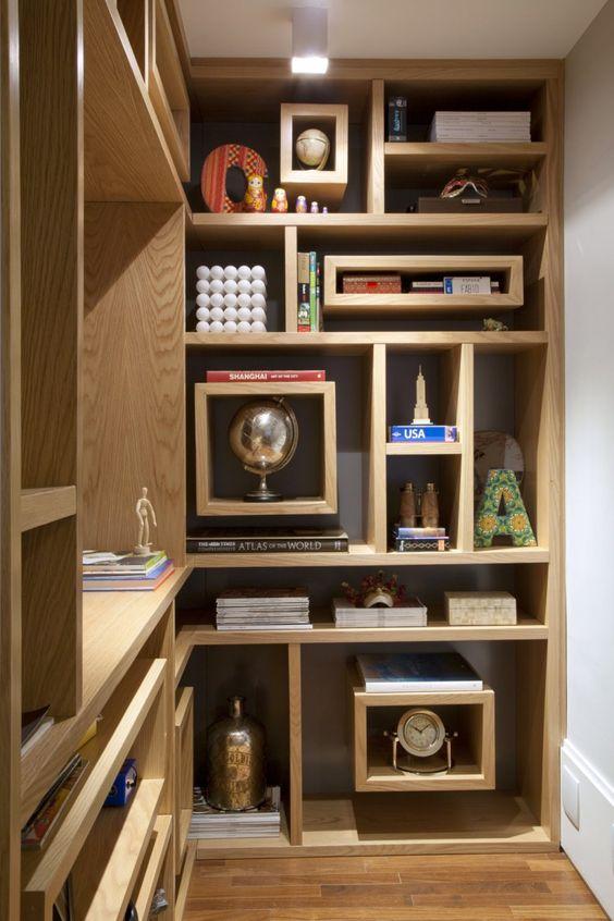 interior design shelves - Bookcase in apartment by Kwartet rquitetura via ontemporist ...