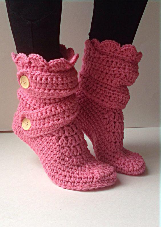 Pink slippers, Crochet house and Slippers crochet on Pinterest
