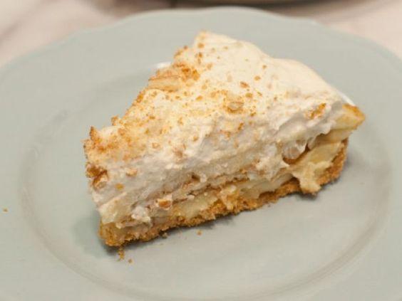 As seen on The Kitchen: No-Bake Banana Pudding Pie #Summer #Dessert #Pudding: Banana Recipes, No Bake Banana Pudding Pie, Pies Desserts, Banana Pudding Pies, Graham Cracker Crust, Pies Tarts, Recipes Pies