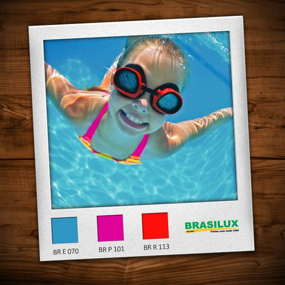 Dia de passar o tempo todo na piscina :)