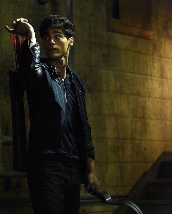 """""""EXCLUSIVE Photo #Shadowhunters Episode 7 Alec Lightwood @MatthewDaddario Via Shadowhunterstv.com @MundieMoms"""""""