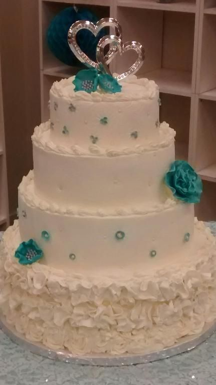Looking for cake decorating project inspiration? Check out Wedding cake by member Shont.