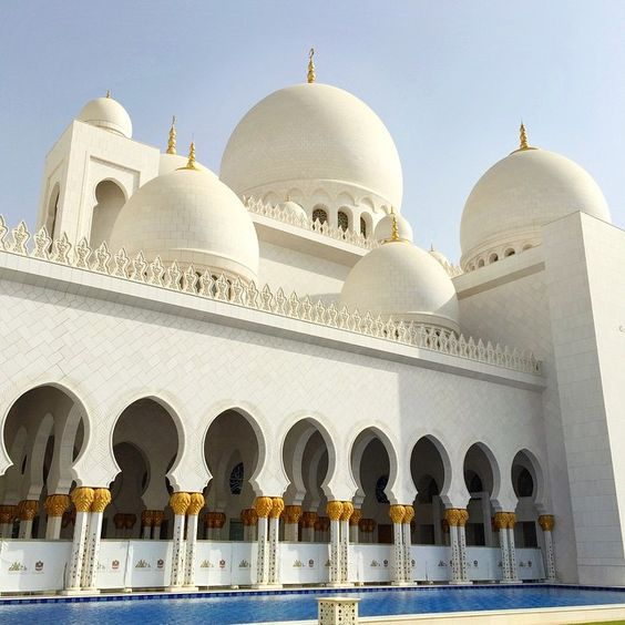 Ramadan Kareem all the way from the Sheikh Zayed Mosque!