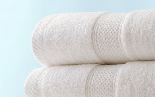 Saiba mais sobre os truques para ter toalhas mais absorventes e sem mau odor