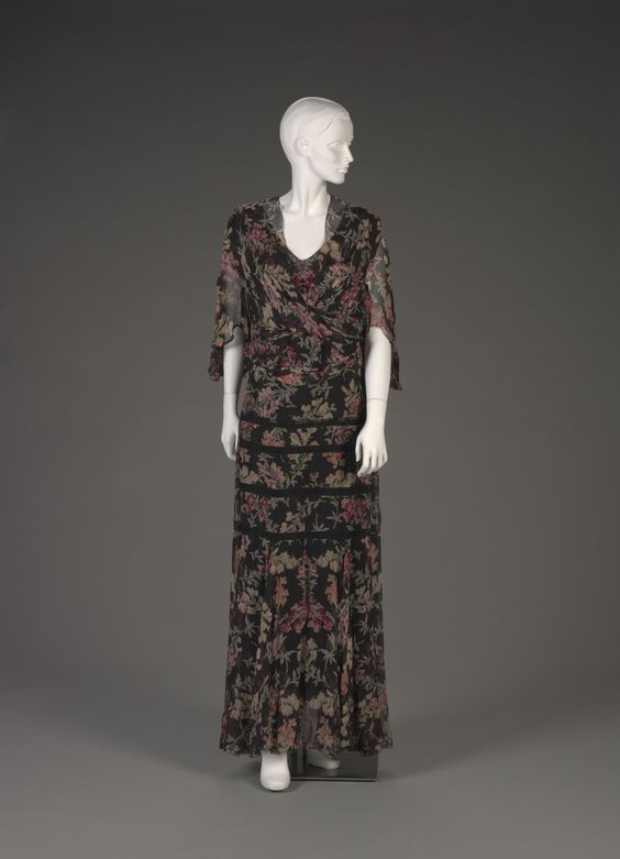 silk chiffon dress + dolman-sleeved jacket with snapdragon print | 1930s | #vintage #1930s #fashion